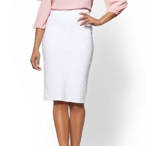New York and company white pencil skirt